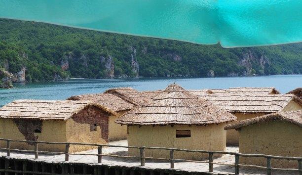 Bay of Bones huts