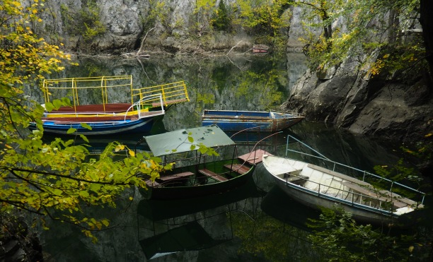 Matka Canyon boats