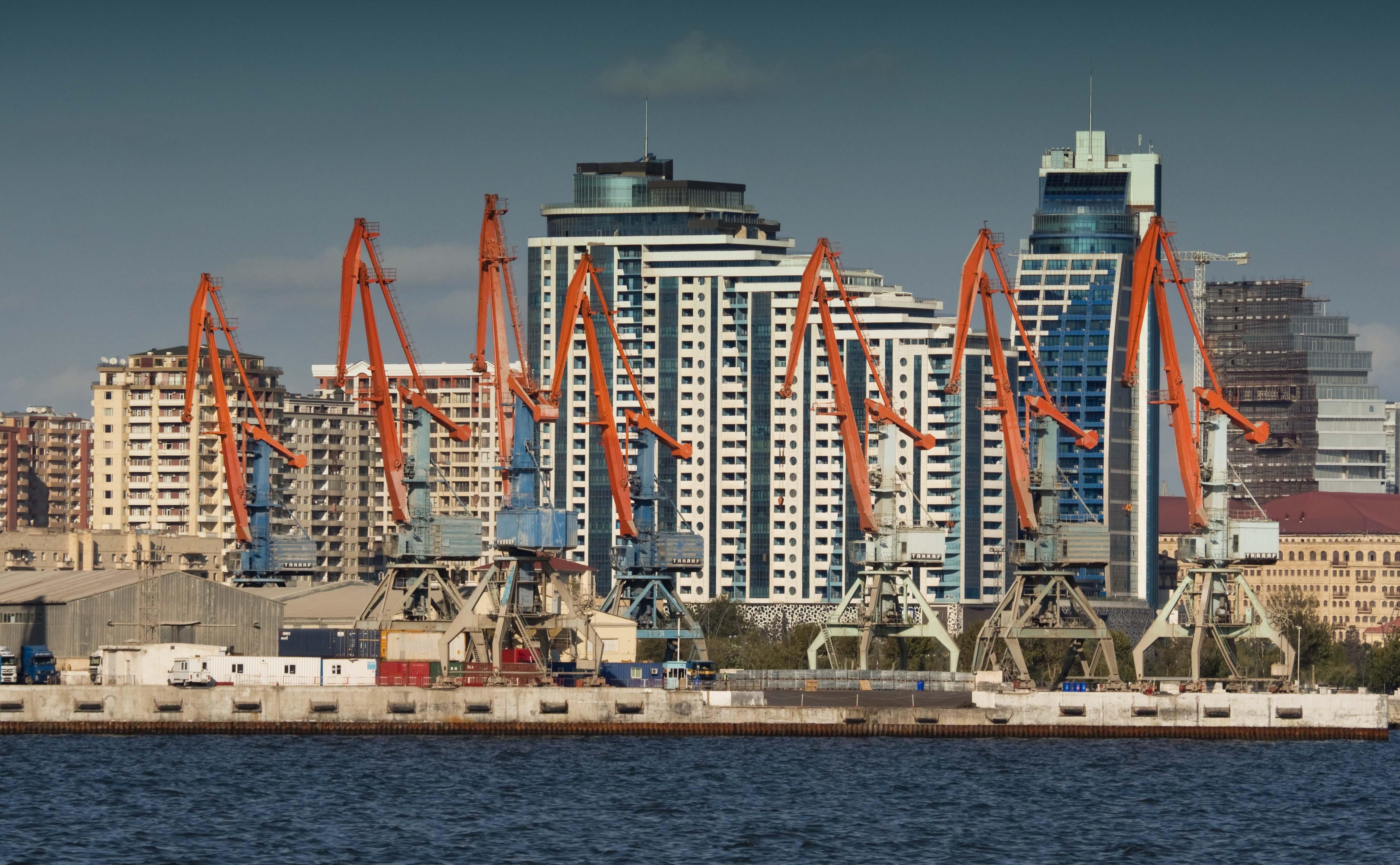 Harbour job cranes baku